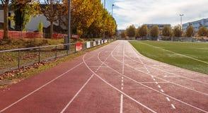 бежать атлетических линии стадион Спорт стоковая фотография