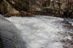 Бежать река Luda Mara в Petrich в maarch 7-ое марта стоковое фото rf