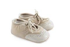 Бежевые ботинки для детей Стоковые Изображения RF