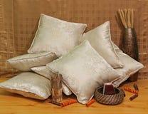 бежевые подушки Стоковая Фотография
