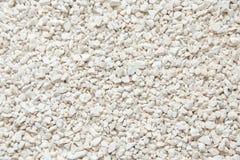 Бежевый декоративный задавленный камень для интерьеров и конструкции, можно использовать как украшение в цветочных горшках Стоковая Фотография RF