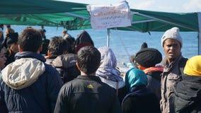 Беженцы на греческом береге Стоковая Фотография