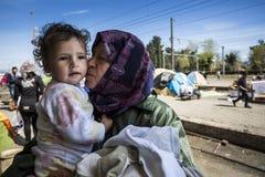 Беженцы Sirian преграженные в Idomeni Стоковые Изображения