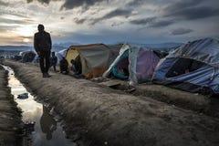 Беженцы Sirian преграженные в Idomeni Стоковая Фотография