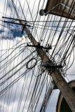 Безалаберные электронные провода в городе Крыма Стоковое Фото