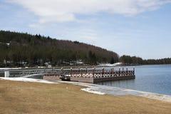 безмолвие места природы ландшафта озера рыболова красотки Стоковое Фото