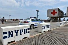 Безопасность безопасностью пляжа променада острова кролика Нью-Йорка Стоковое Изображение