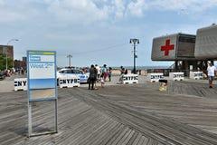 Безопасность безопасностью пляжа променада острова кролика Нью-Йорка Стоковая Фотография