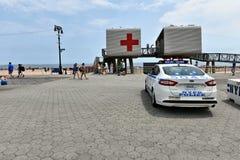 Безопасность безопасностью пляжа променада острова кролика Нью-Йорка Стоковые Изображения RF