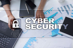 Безопасность кибер, защита данных, безопасность информации и шифрование стоковое фото