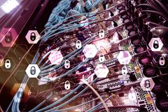 Безопасность кибер, защита данных, уединение информации Интернет и концепция технологии стоковая фотография rf