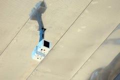 Безопасность привела камеру на стене Стоковое Фото