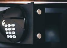 Безопасный банк коробки безопасности предохранения от номера пусковой площадки пароля кода замка Стоковая Фотография