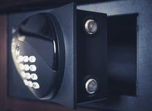 Безопасный банк коробки безопасности предохранения от номера пусковой площадки пароля кода замка Стоковые Изображения RF