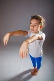 Безумец ребёнка уснувший стоя идет в его Стоковая Фотография RF