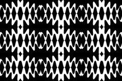 Безшовная белая картина волн на черной предпосылке абстрактная предпосылка геометрическая Соответствующий для ткани, ткани, упако Стоковое фото RF