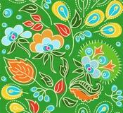 Безшовная зеленая картина с цветками, голубыми ягодами, оранжевыми семенами Иллюстрация вектора