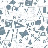 Безшовная иллюстрация с формулами и диаграммами на теме математики и образования, серые силуэты значков на ligh Стоковое Изображение