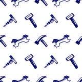 Безшовная картина вектора с инструментами Вручите предпосылку нарисованную эскизом с молотками, винтами, гайками и ключами на бел Стоковая Фотография RF