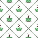 Безшовная картина вектора с кофейными чашками зеленого цвета крупного плана с точками и зернами на белой предпосылке Стоковые Изображения