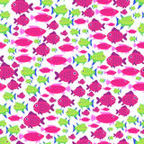 Безшовная картина вектора с милыми рыбами шаржа в красном цвете и зеленом цвете Стоковая Фотография RF