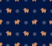 Безшовная картина желтых хряков и снежинок свиней на темно-синей предпосылке бесплатная иллюстрация