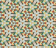 Безшовная картина состоя из геометрических элементов аранжировала на салатовой предпосылке Стоковые Фотографии RF