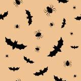 Безшовная картина с летучими мышами и спайдерами Стоковое Фото