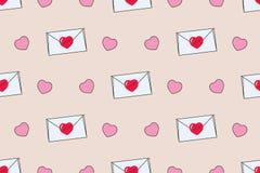 Безшовная картина с конвертами и сердцами на день ` s валентинки Стоковое Фото