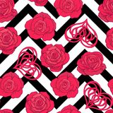 Безшовная картина с красными розами и сердце влюбленности на острословии предпосылки Стоковое фото RF
