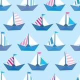 Безшовная картина с красочными бумажными кораблями Текстура моря Стоковые Фото