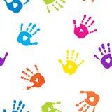 Безшовная картина с красочными handprints иллюстрация вектора
