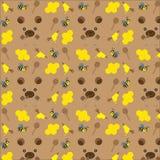 Безшовная картина с медведями, пчелами и медом Стоковая Фотография
