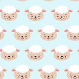 Безшовная картина с милыми овцами на сини Предпосылка вектора для детей бесплатная иллюстрация