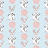 Безшовная картина с милыми белыми кроликами Стоковое Изображение RF