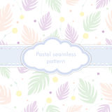 Безшовная картина с нежным бледнеет - розовый, фиолетовый, и зеленый тропический завод на белой предпосылке Декоративный дизайн п бесплатная иллюстрация