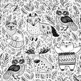 Безшовная картина с племенными животными леса в карандаше и угле на бумаге иллюстрация штока