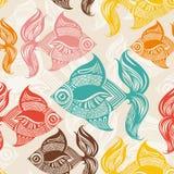 Безшовная картина с покрашенными рыбами. Стоковые Фото