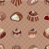 Безшовная картина с различными видами конфет шоколада - надоите, темнота, белый шоколад Стоковые Изображения RF