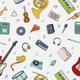 Безшовная картина с различными музыкальными инструментами, символами, объектами и элементами Стоковое Изображение