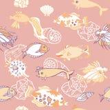 Безшовная картина с рыбами и cockleshells Стоковые Изображения RF