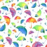Безшовная картина с свежими яркими зонтиками акварели падение Стоковые Изображения