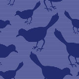 Безшовная картина с силуэтами птицы Стоковые Изображения