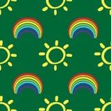 Безшовная картина с солнцами и радугами Нарисовано вручную бесплатная иллюстрация