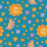 Безшовная картина с солнцем, луной и звездами Стоковое Изображение