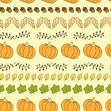Безшовная картина с тыквами, листьями и жолудями иллюстрация штока