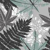 Безшовная картина с экзотическими листьями Стоковая Фотография RF