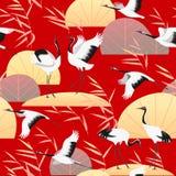 Безшовная картина с японскими кранами и Reed Стоковые Фотографии RF