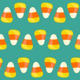 Безшовная картина хеллоуина с corns конфеты также вектор иллюстрации притяжки corel Стоковое фото RF
