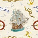 Безшовная предпосылка с кораблем, чайками и символами моря Стоковые Изображения RF